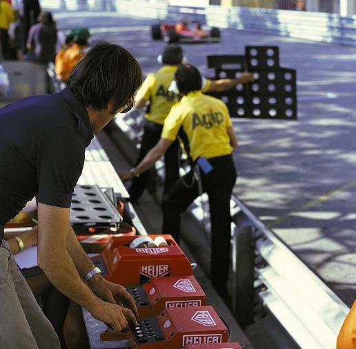Tag Heuer Rush - Sponsoring F1 - Pit