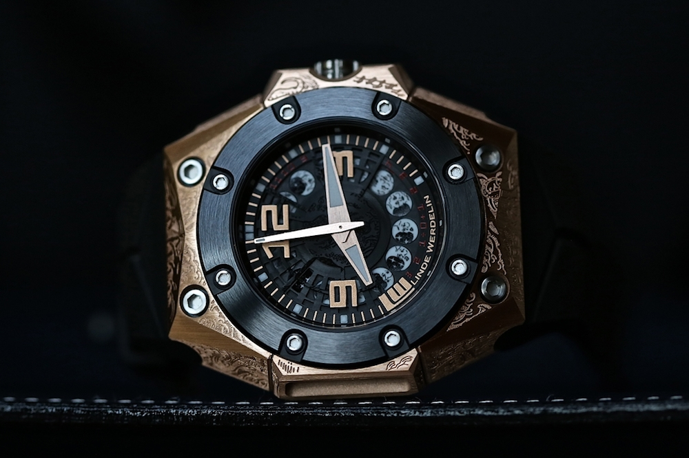 Linde Werdelin Oktopus II Moon Tattoo