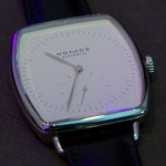 Nomos Lux Weissgold Hell