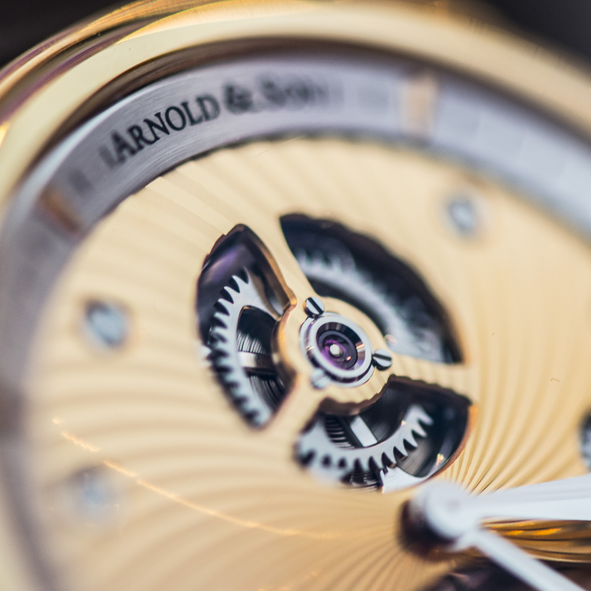 Arnold & Son TE8 - Closeup