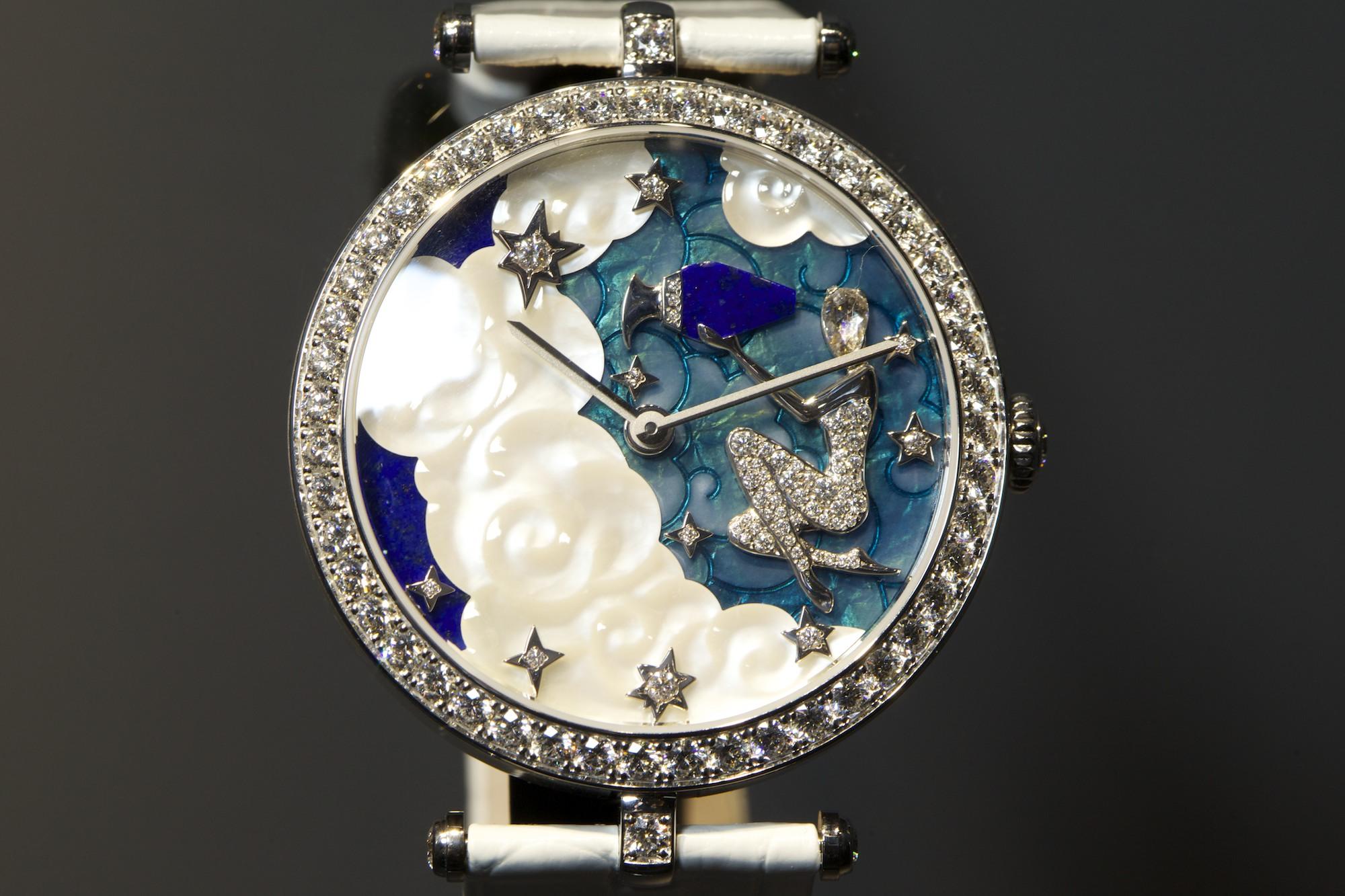 Van Cleef & Arpels Extraordinary Dials Lady Arpels Zodiac Aquarius