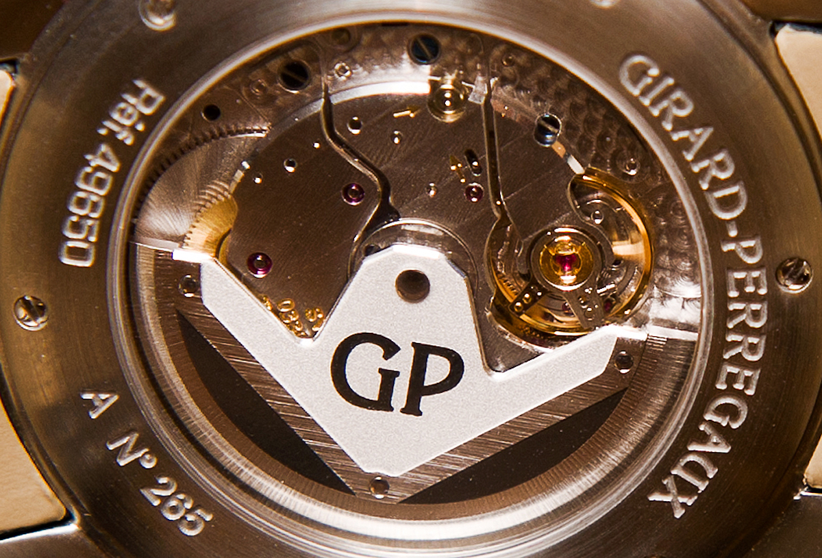 Girard-Perregaux Traveller Moon Phase and Large Date - Movement