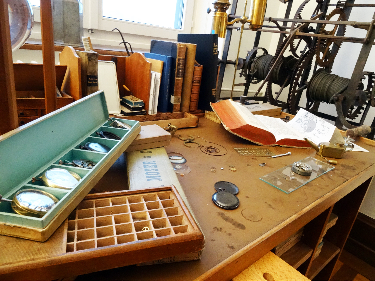 H. Moser & Cie - Manufacture Work Bench