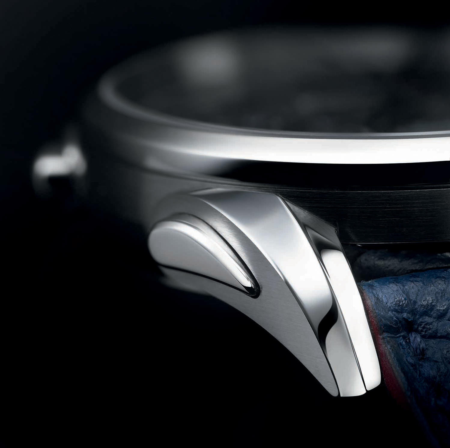 Parmigiani Fleurier Bugatti Aerolithe - The lugs mirror the rivet of the iconic car