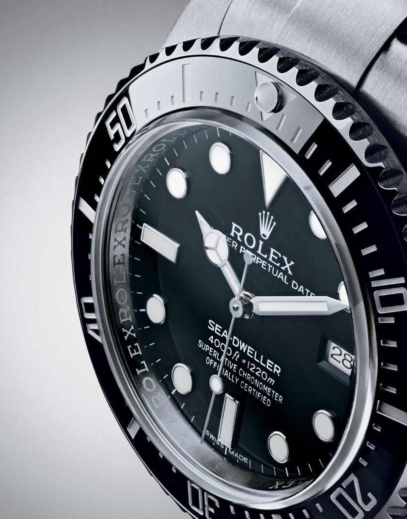 Rolex Sea-Dweller 4000 - Cerachrom Bezel