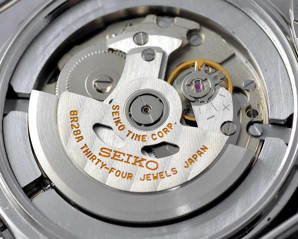 Seiko 8R28 Movement