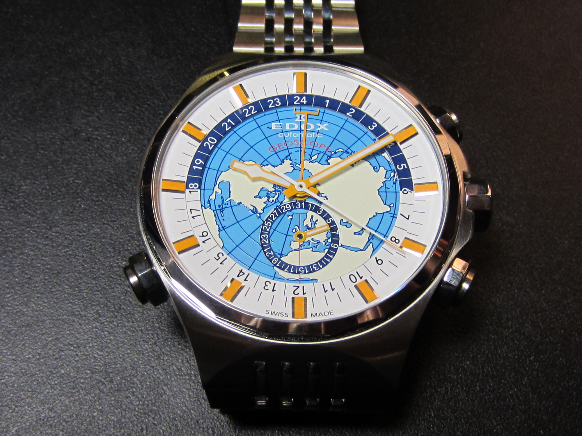 Edox Geoscope GMT Automatic Limited Edition (Credits © Kijinkan.co.jp)