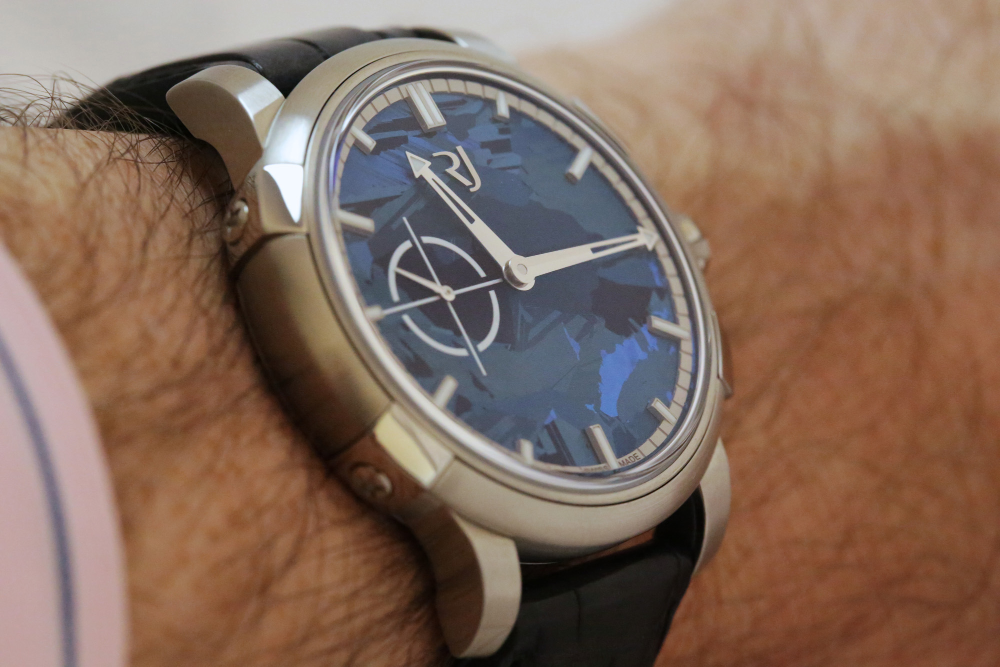 RJ-Romain Jerome 1969 Heavy Metal Blue Silicium - Wristshot