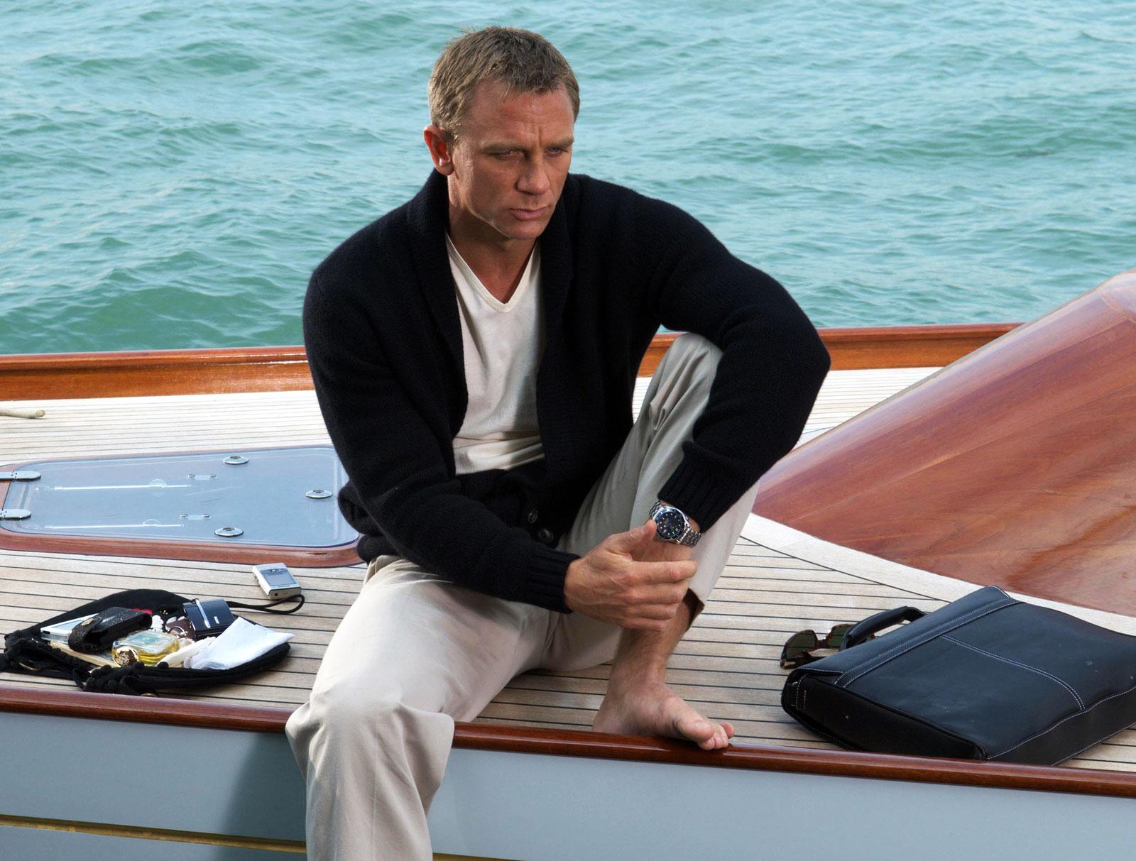 Daniel Craig as James Bond wearing Omega Seamaster Planet Ocean