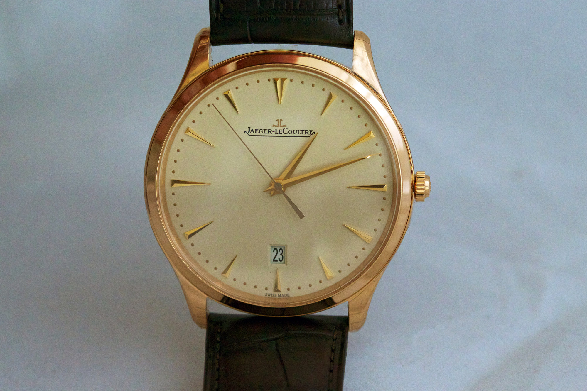 Jaeger-LeCoultre Master Ultra Thin Date replica watch