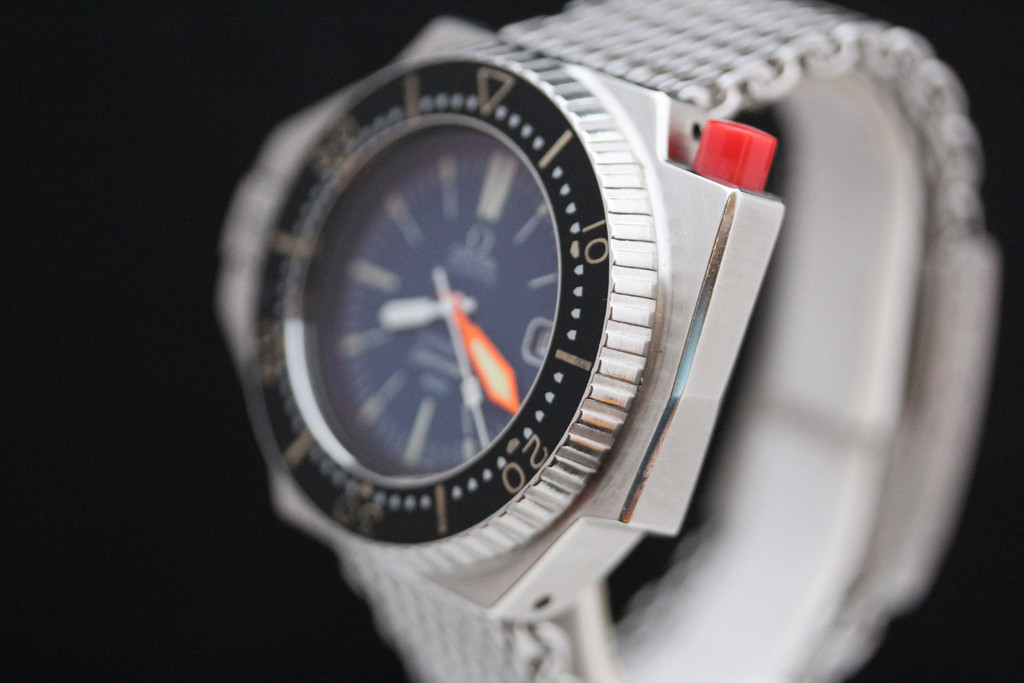 Omega Seamaster PloProf 600 replica watch