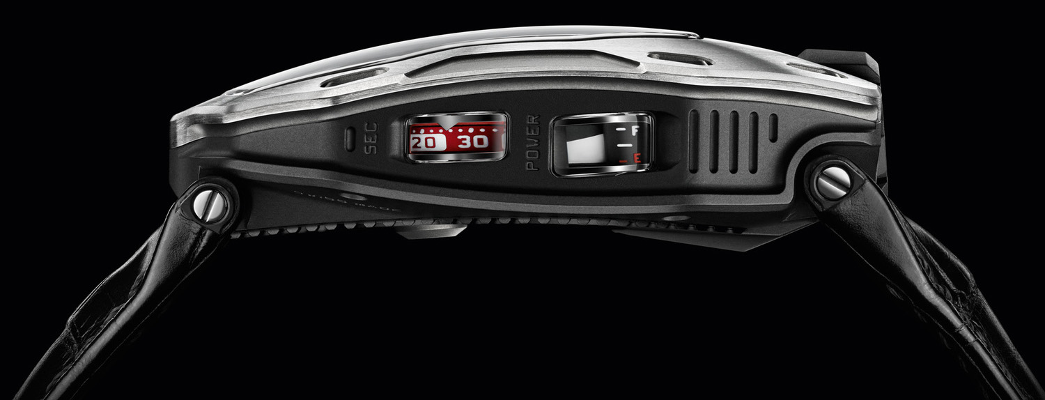 Urwerk UR-105M - Side View