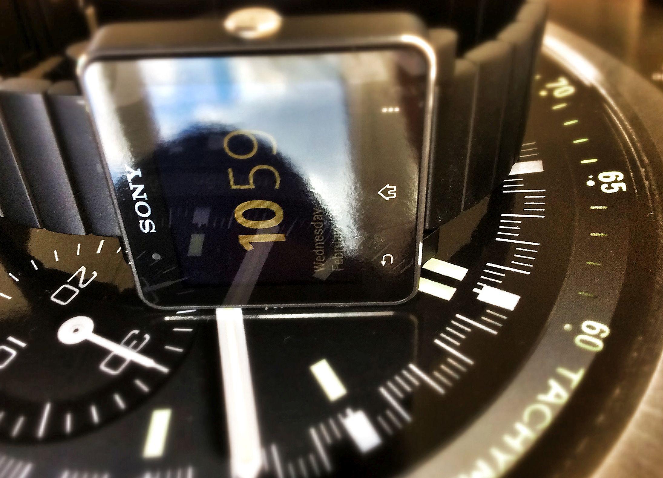 Sony SmartWatch 2 - Dial