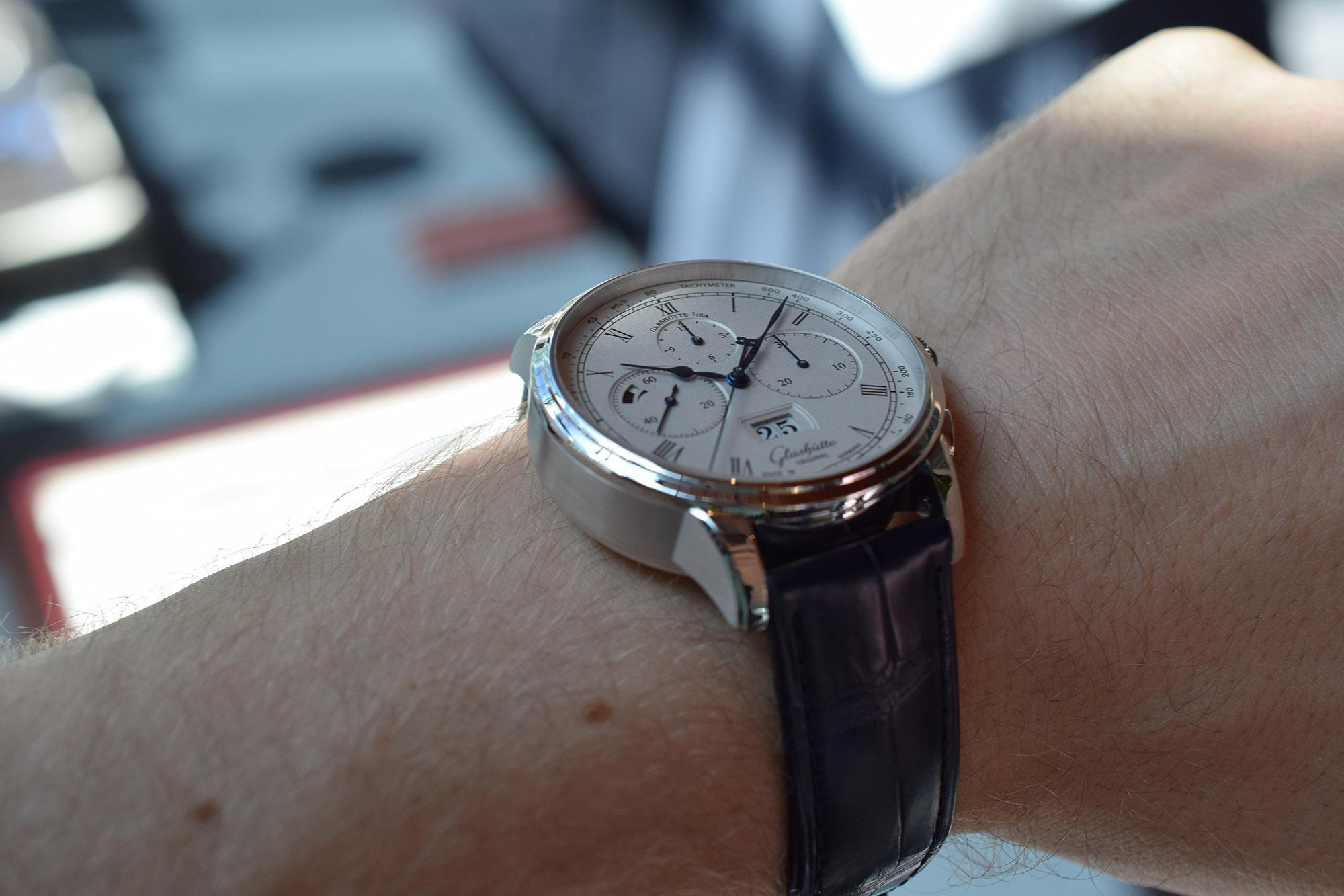 Glashütte Original Senator Chronograph Panorama Date - Wristshot