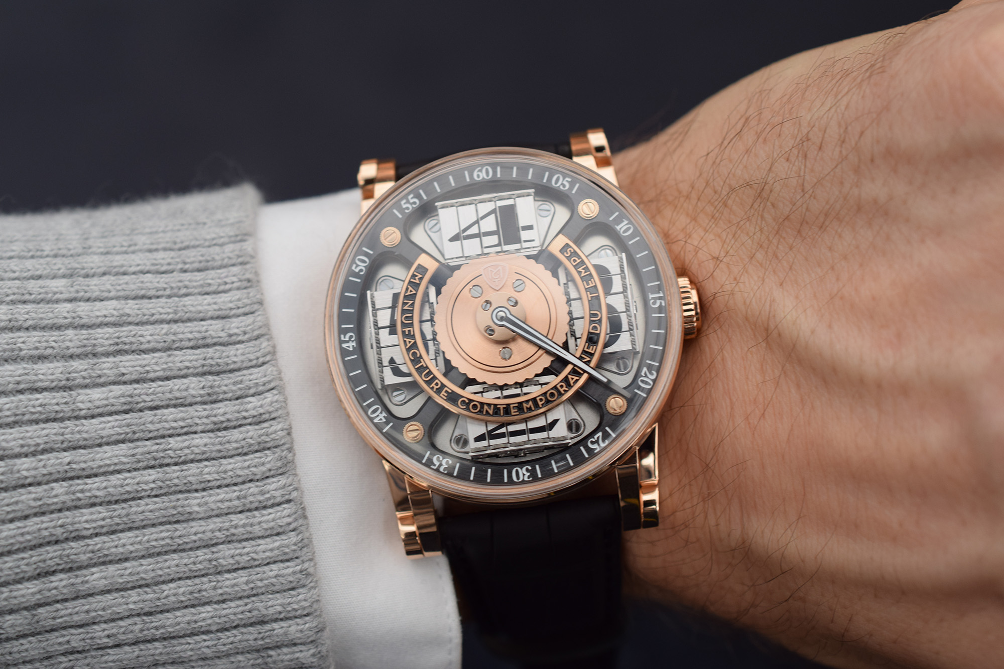 MCT Sequential Two S200 - Wristshot