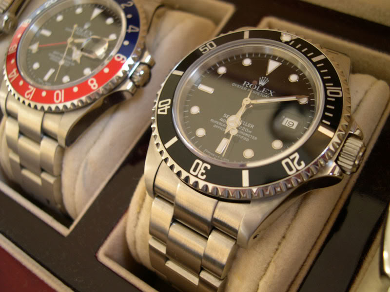 The Rolex Sea-Dweller next to the GMT-Master II Ref. 16710